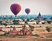 Burma, baloane peste temple antice